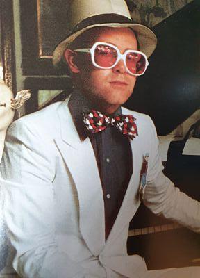 Best Elton John Songs - Music Of The 70s